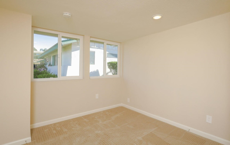 3755 Vista Campana N 11, Oceanside, CA 92057